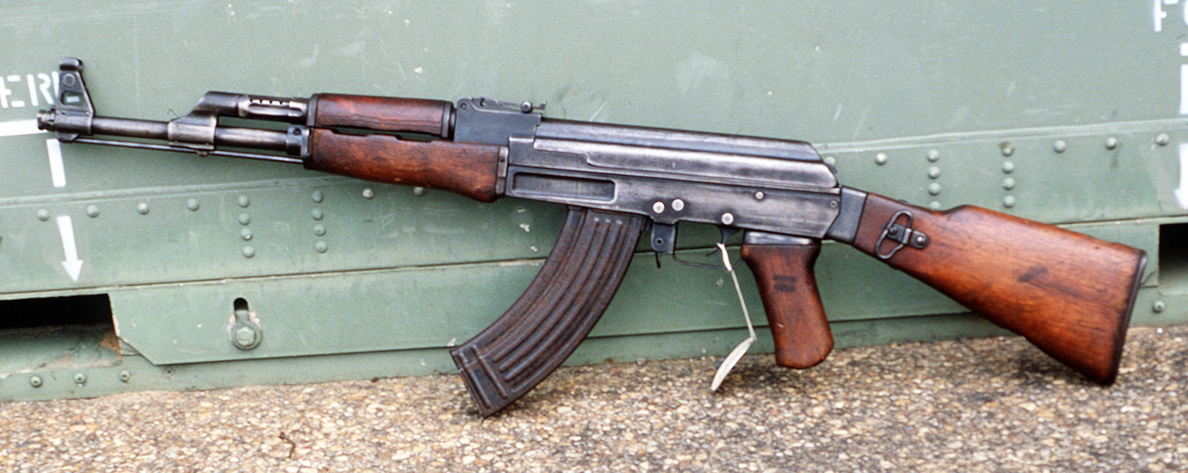http://www.giotsar.com/articles/images/AK-47.jpg